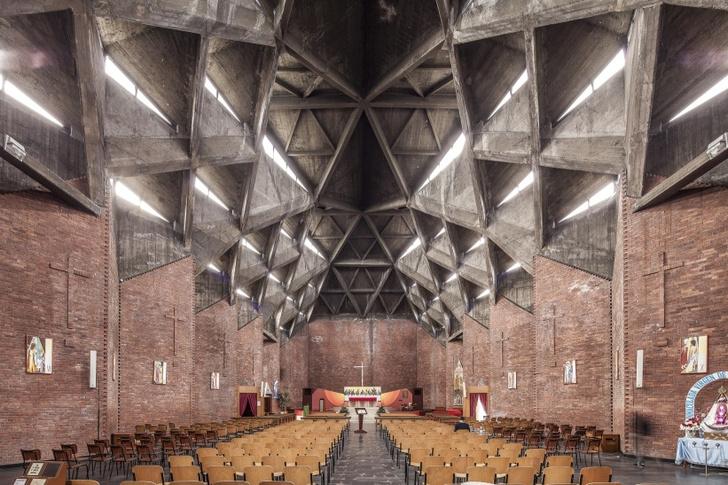 Церковь del Gesù Redentore в Турине.