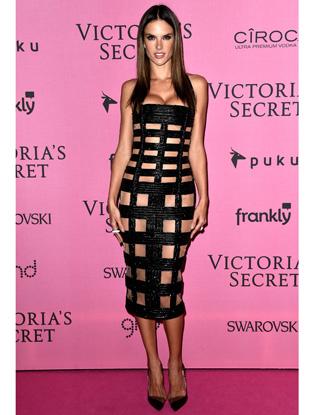Фото №2 - Модельный ряд: как худеют ангелы Victoria's Secret