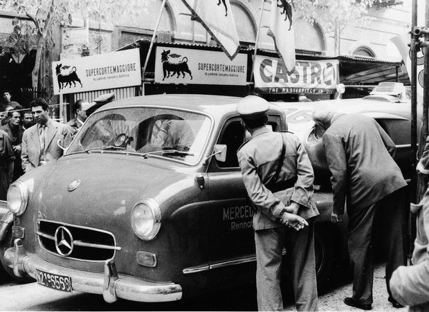 Фото №2 - Городам казалось, будто их опять занимают немцы: история уникального гоночного грузовика Mercedes-Benz