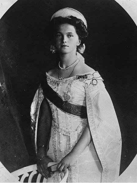 Фото №5 - «Дочь отца», «Гувернантка», «Мадам Бэккер», «Швыбзик»: какими были, что и кого любили великие княжны Романовы