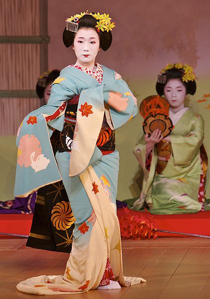 Фото №3 - Мияко одори и другие праздники месяца