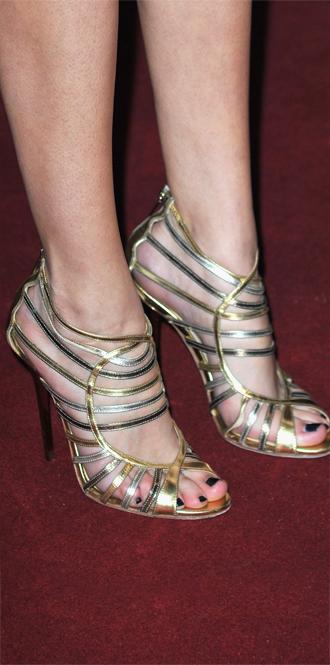 Фото №42 - Обувные бренды звезд, часть 1: Christian Louboutin, Jimmy Choo, Charlotte Olympia