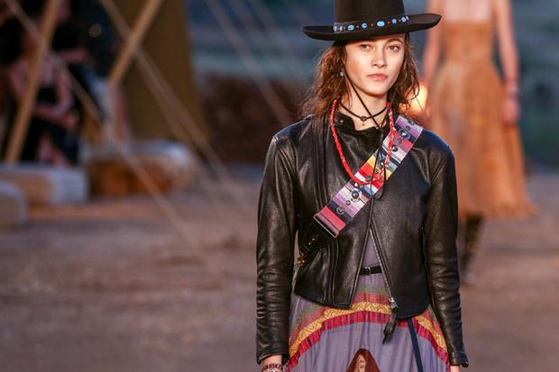 Фото №10 - Woman Power: круизная коллекция Dior 2018