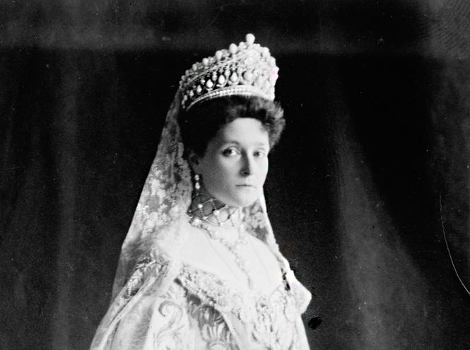 Фото №24 - Утраченные сокровища Империи: самые красивые тиары Романовых (и где они сейчас)