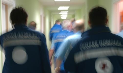 Фото №1 - В реанимации Боткинской больницы спасают 11 человек с гриппом