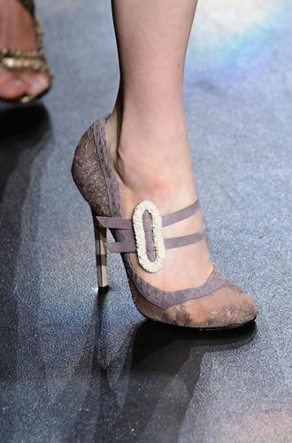 Фото №26 - Самая модная обувь сезона осень-зима 16/17, часть 2