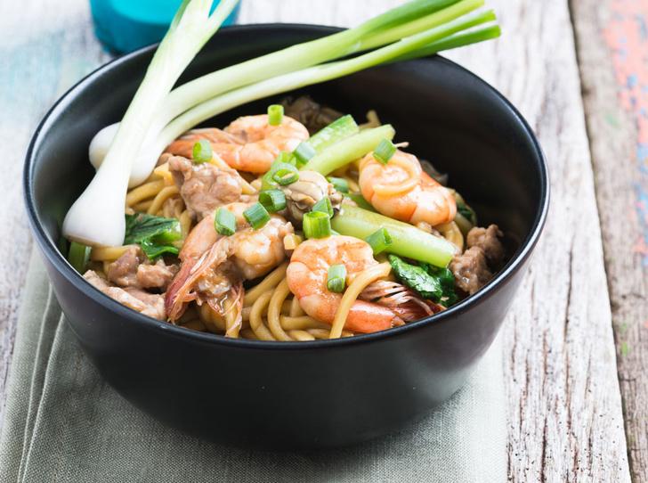 Фото №2 - Рецепт недели: гонконгская лапша с устричным соусом