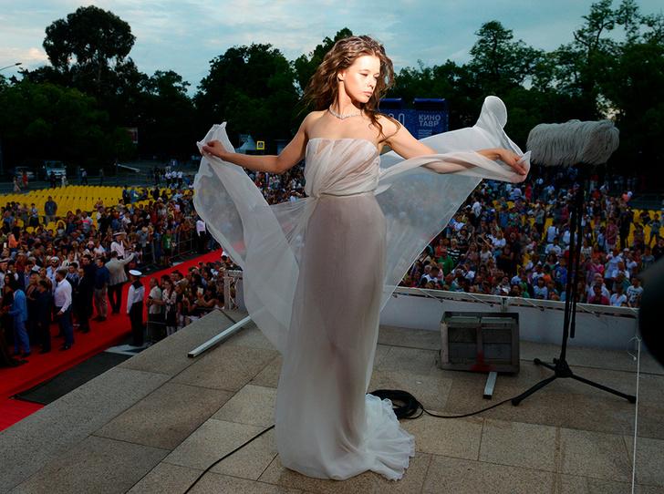 Фото №2 - Богиня: как Катерина Шпица затмила Паулину Андрееву