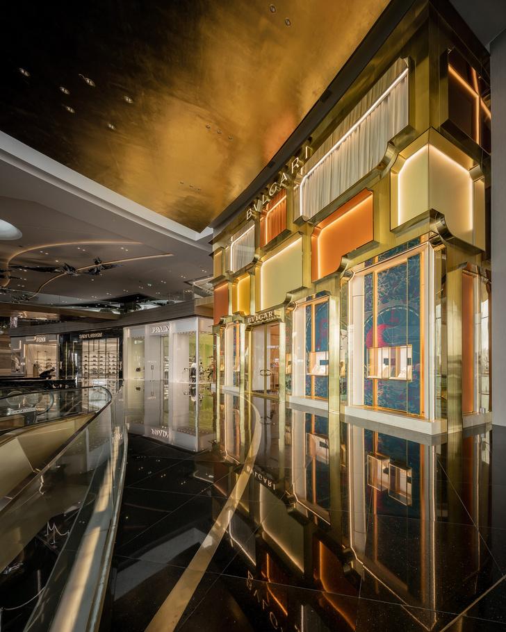 Фото №4 - Новый бутик Bvlgari в Бангкоке по проекту MVRDV