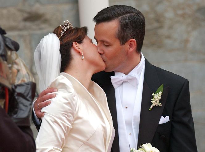 Фото №3 - Развод по-королевски: норвежская принцесса Марта-Луиза рассталась с мужем