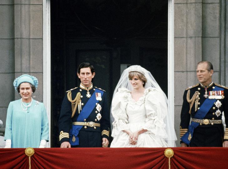 Фото №4 - Как принцесса Диана вносила разлад в брак Елизаветы II и принца Филиппа