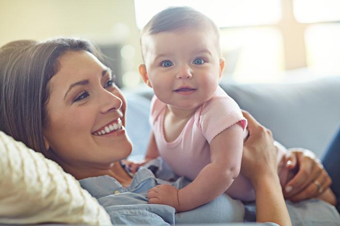 Фото №1 - Где искать радость: инструкция для мам
