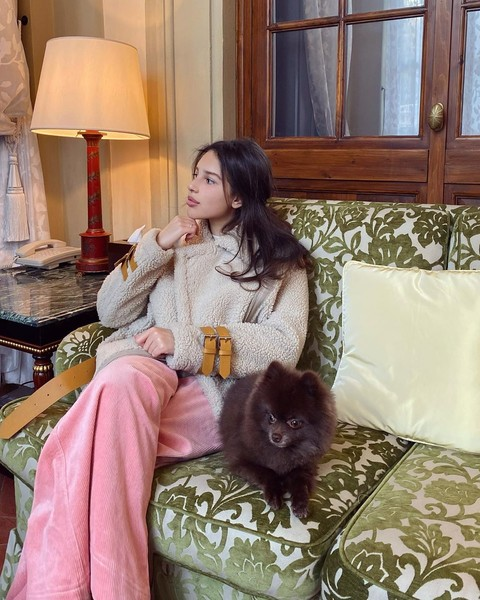 Фото №4 - Как на самом деле живет 20-летняя дочь российского миллиардера