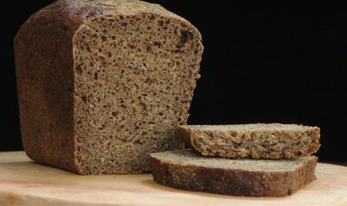 Фото №1 - Диетолог объяснил, почему черный хлеб для диабетиков вреднее белого