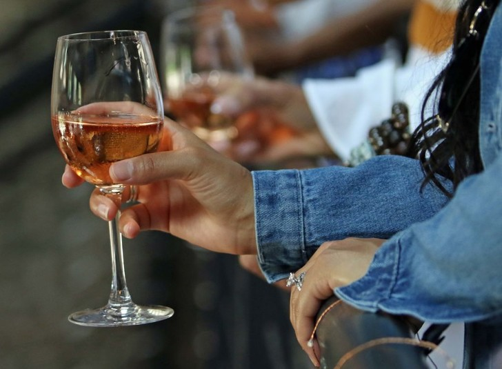 Фото №1 - Развеян миф о безопасных дозах алкоголя