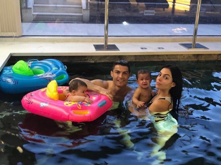 Фото №9 - Бейонсе, Клуни, Гримальди и еще 12 звездных родителей, воспитывающих двойню