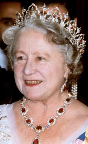 Фото №16 - Камни судьбы: самые роскошные рубиновые тиары королевских семей