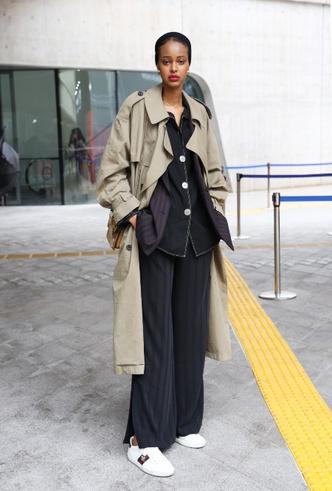 Фото №8 - Модная униформа: как носить пижамы вне дома (и даже в офис)