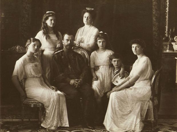 Фото №5 - Три истории несчастной любви: почему Николай II не пустил дочерей замуж
