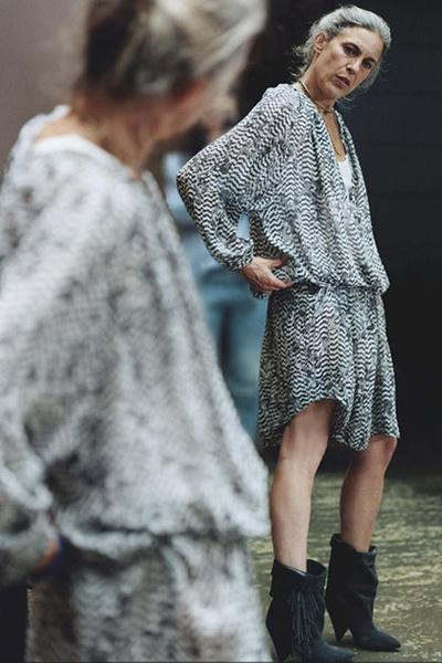 Дизайнер Изабель Маран сфотографировалась в наряде из коллаборации с H&M.