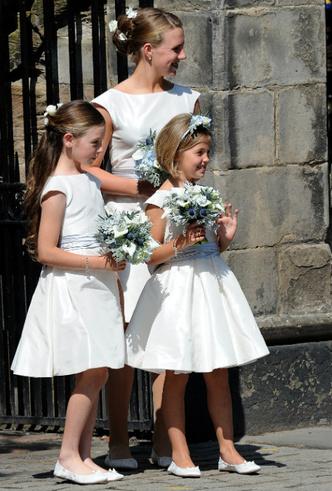 Фото №2 - Задолго до Меган: как Зара Тиндолл нарушила протокол на своей свадьбе