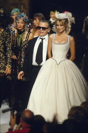 Фото №10 - Революции Карла Лагерфельда: 5 способов править миром моды