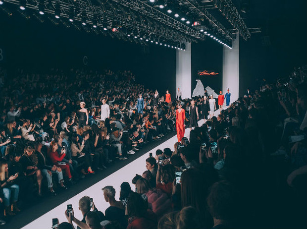 Фото №6 - Первый день Mercedes-Benz Fashion Week Russia