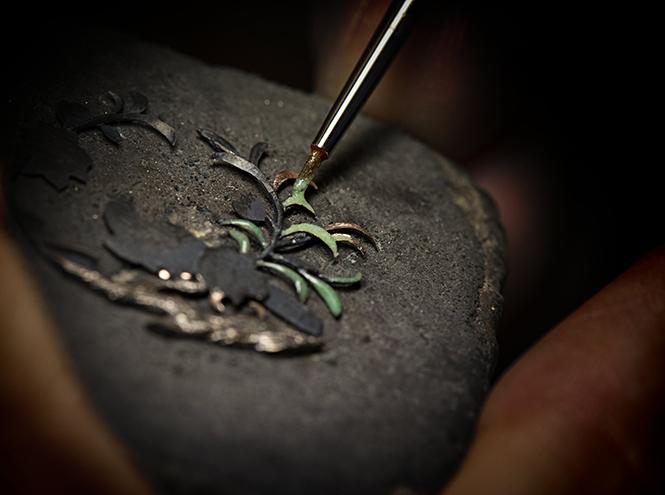 Фото №6 - Магия создания часов Mademoiselle Prive Glyptique от Chanel