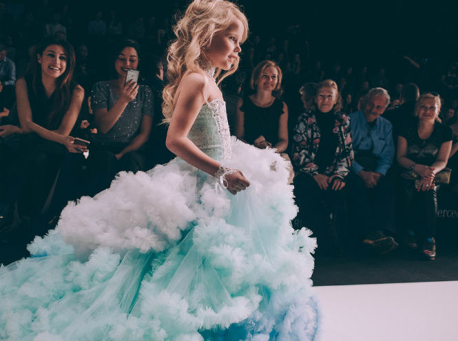 Фото №2 - Первый день Mercedes-Benz Fashion Week Russia