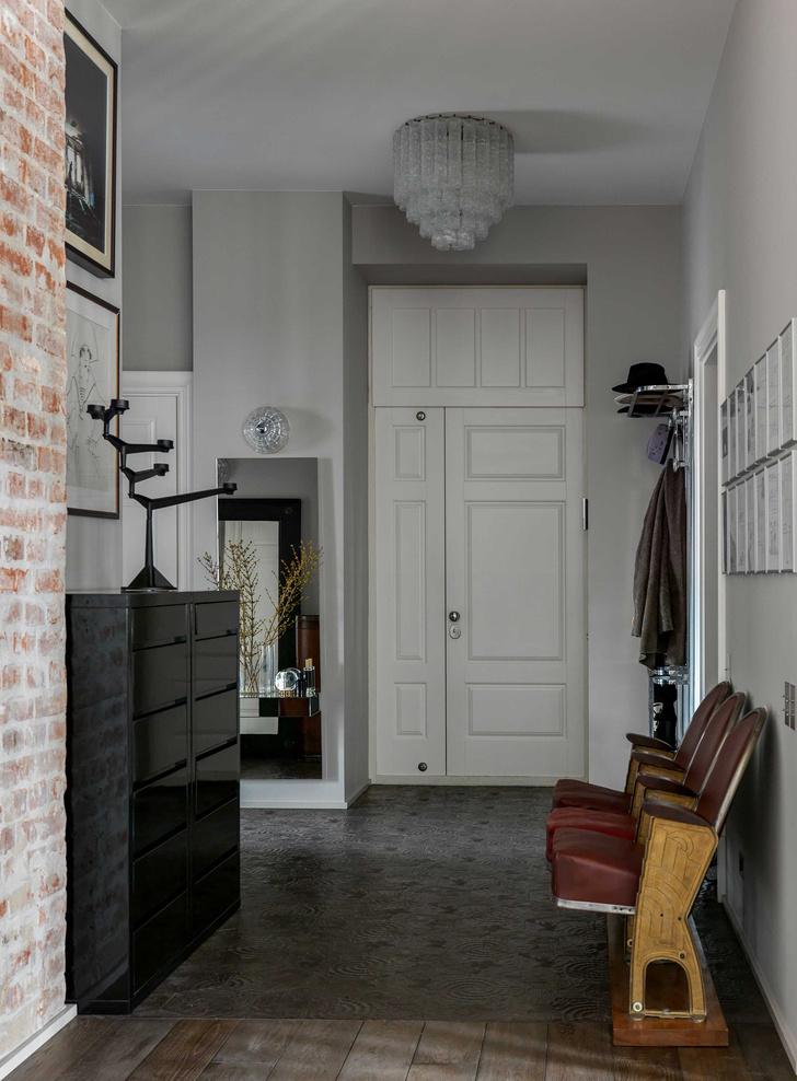 Фото №13 - Винтаж и современность: элегантная квартира на Патриарших прудах 300 м²