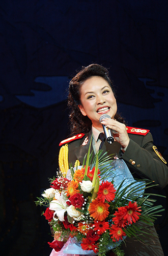 Фото №15 - Семь Первых леди, начинавших карьеру в шоу-бизнесе