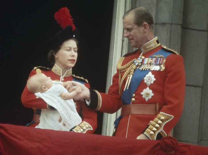 Фото №1 - Ревность Королевы: кто такая Хелен Лайтбоди, и что она не поделила с Елизаветой II