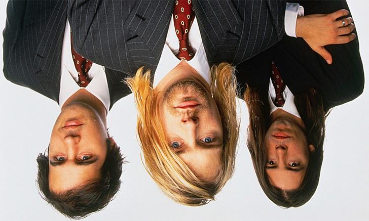 Фото №1 - Негативные кавер-версии песен Nirvana, Саймона и Гарфанкеля, Led Zeppelin, Depeche Mode и не только