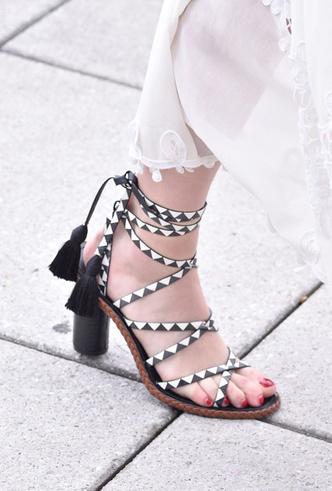 Фото №21 - Самая модная обувь весны и лета 2019