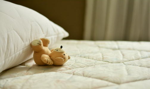 Фото №1 - Кардиолог назвал самую полезную позу для сна