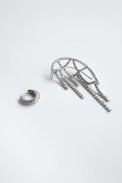 Фото №1 - Крупным планом: кафф-кольчуга из новой коллекции Zara
