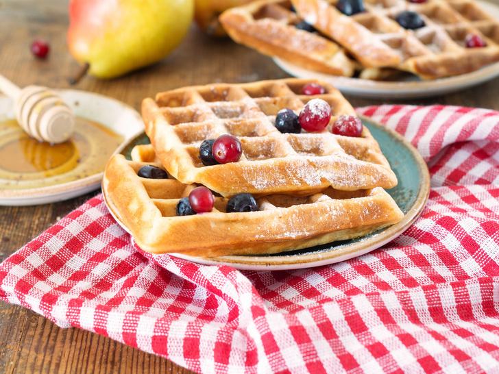 Фото №4 - Бейглы, круассаны, вафли: 3 рецепта утренней выпечки из разных стран
