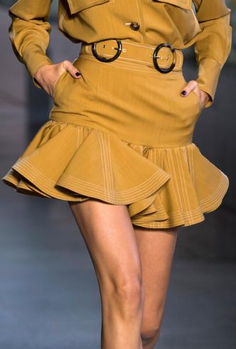 Фото №12 - Полный гид по юбкам для весны и лета 2019