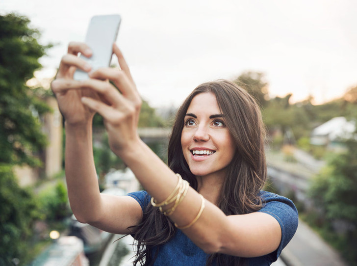Фото №1 - Шесть правил удачного портрета на телефон