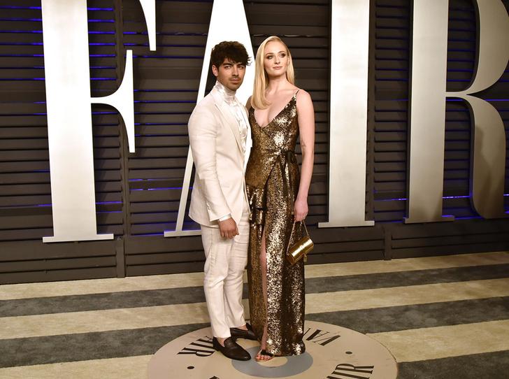 Фото №11 - Самые стильные звездные пары на вечеринке Vanity Fair-2019