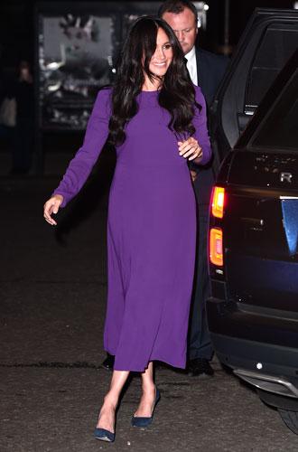 Фото №17 - Все оттенки сирени: как королевские особы носят фиолетовый цвет