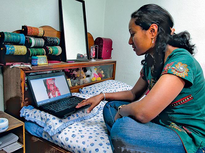 Фото №7 - Бывшая богиня: как живут те, кто перестал быть королевской Кумари в Непале