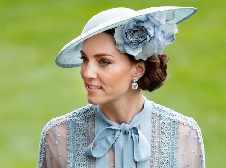 Фото №1 - Как проходит типичный день герцогини Кейт во дворце