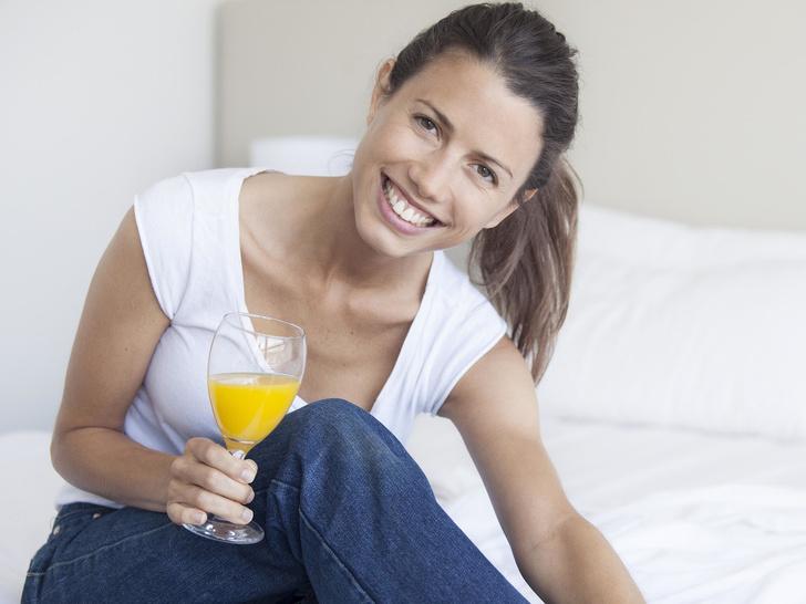 Фото №1 - 5 популярных напитков, которые вредят здоровью зубов