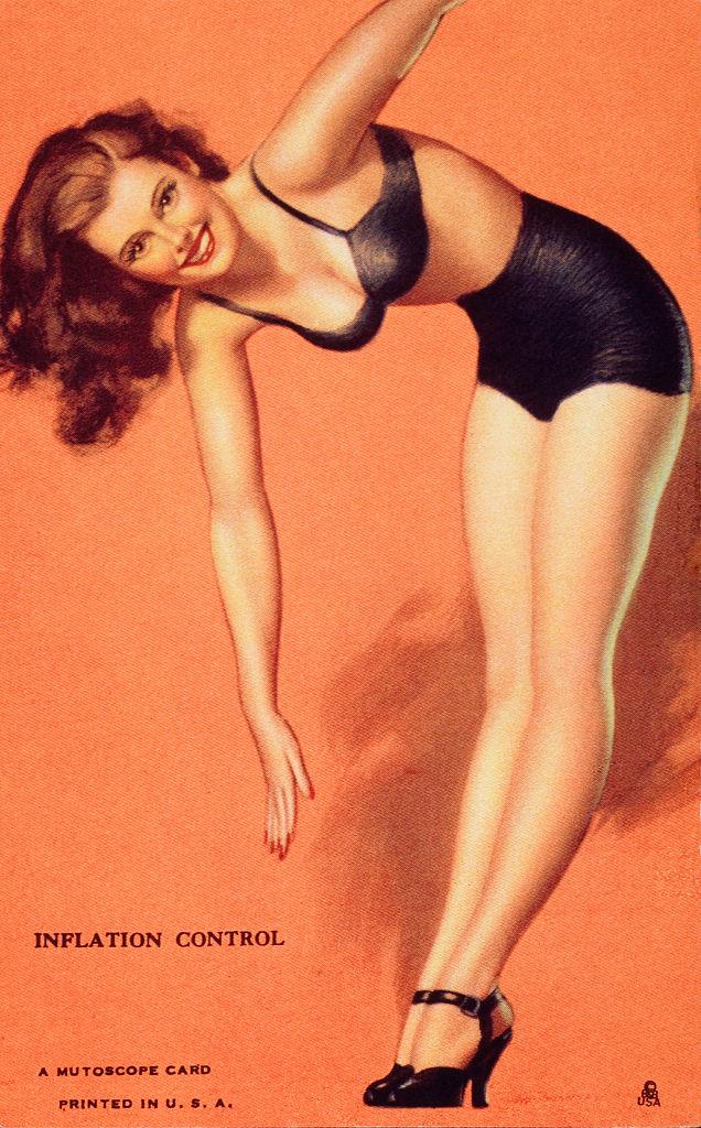 Фото №7 - Купаться разрешается! История женской пляжной моды в 10 фактах о купальниках