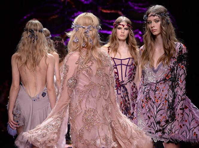 Фото №59 - Неделя Высокой Моды в Париже: Atelier Versace FW2015/16