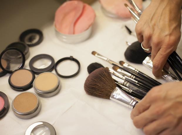Фото №6 - 7 полезных мейкап-советов от визажистов недель моды