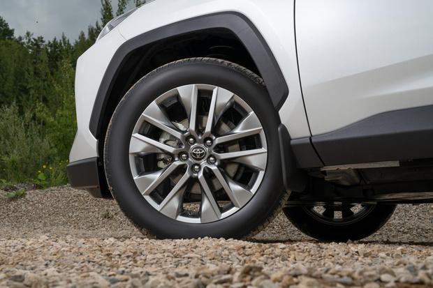 Фото №2 - Toyota RAV4: за что не надо переплачивать
