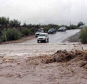 Фото №1 - Ураганы и наводнения случаются все чаще