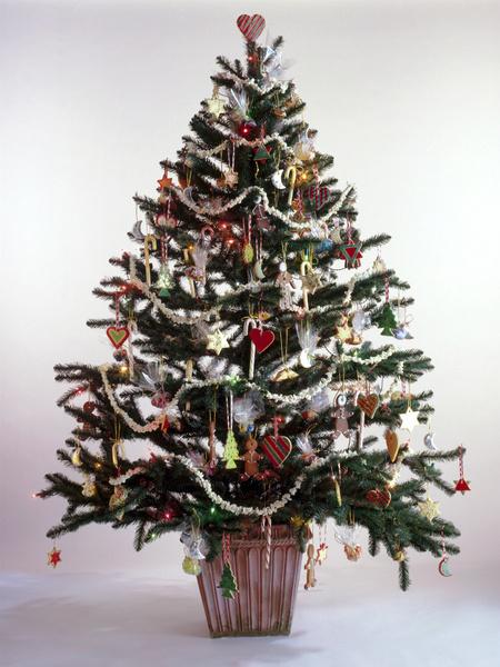Фото №1 - 5 способов оригинально украсить елку
